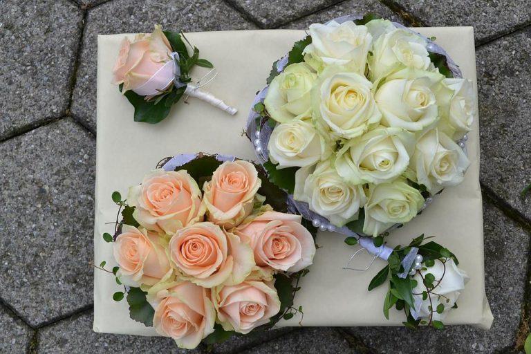 Komplettset Brautsträusse und Anstecker